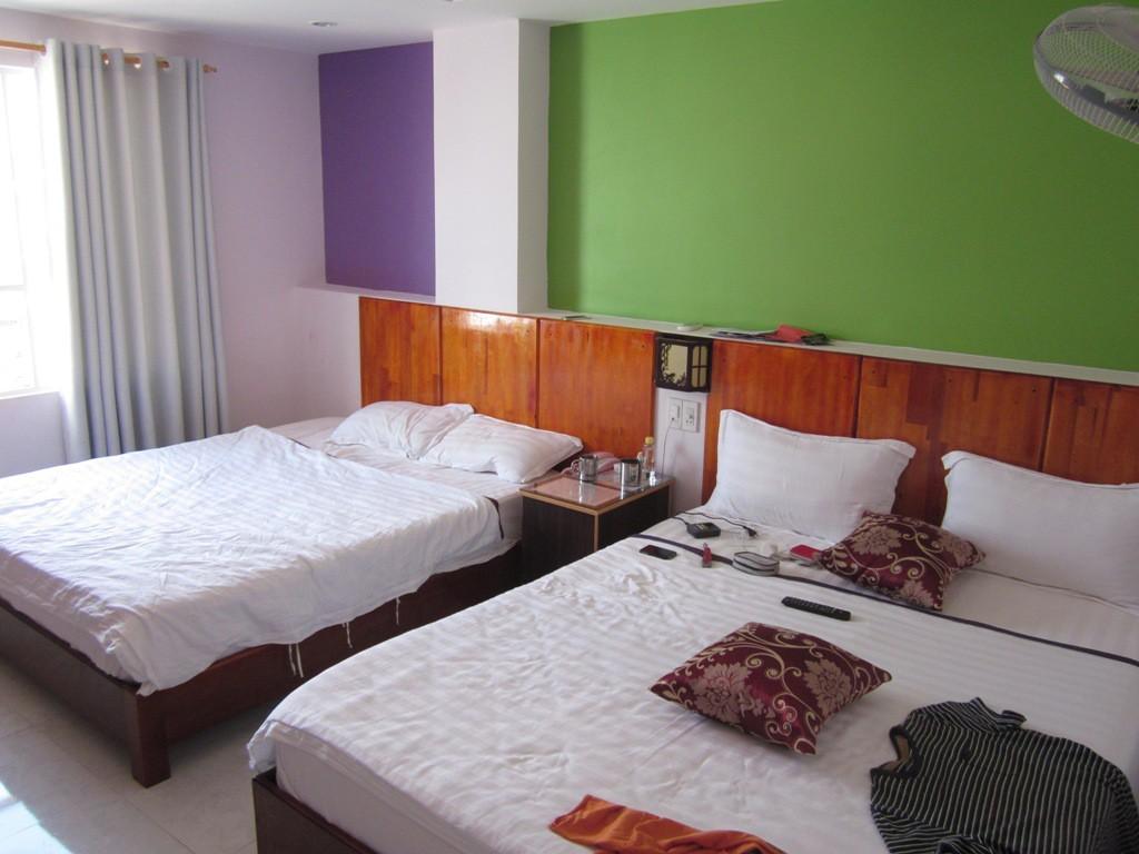 Vanda Hotel 2*